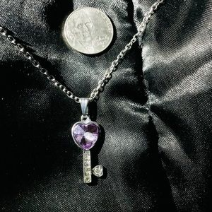 """Key To The Heart Necklace  18"""""""